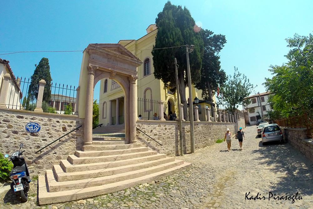 Taksiyarhis Kilisesi - Cunda Rahmi Koç Müzesi